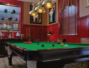 Indoor games like billiards, snooker, table tennis, chess, etc.